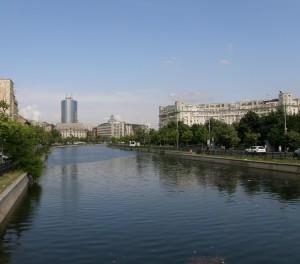 dambovita-la-podul-izvor-23110-l