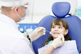 Copiii vor primi doua consultatii stomatologice gratuite pe an