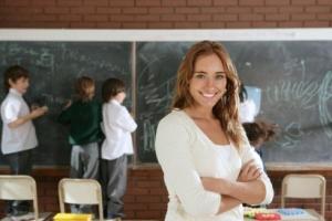 Precizari referitoare la selectia profesorilor in grupurile de lucru pentru elaborarea curriculumului pentru invatamantul gimnazial