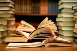 Stadiul contractării si difuzarii manualelor pentru elevii claselor a IV-a