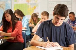 Ministerul Educatiei lanseaza in dezbatere publica un document de politica publică privind combaterea segregarii scolare