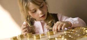 Alocatiile pentru copii ar putea creste la 450 lei pe luna