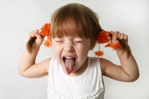 "Copiii, educati de parinti sa fie ""mici monstri"""