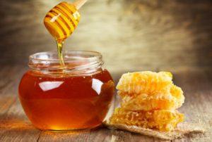 Un sfert din mierea de pe piata internatională este falsificata