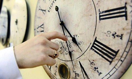 Trecem la ora de vara. Nu uitati sa va reglati ceasurile!