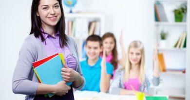 Profesori fericiţi pentru România