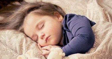 Somnul insuficient creşte riscul apariţiei tulburărilor de sănătate mintală la copii
