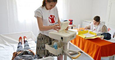 România are aproape un sfert din mamele minore din Uniunea Europeană