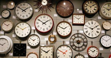 România trece la ora de iarnă 2020. Ora 04:00 va deveni ora 03:00 în noaptea de 24 spre 25 octombrie