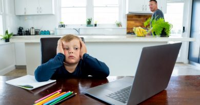 Ministrul Muncii este preocupat de efectele școlii online și de lipsa socializării copiilor, dar nu știe ce să facă